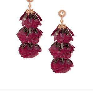 Kendra Scott Feather Earrings. NWT & In Box.